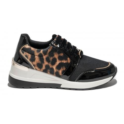 Γυναικείο sneaker Menbur
